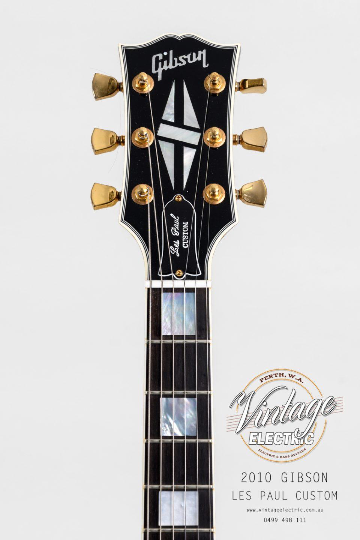 2010 Gibson Les Paul Custom Black Headstock